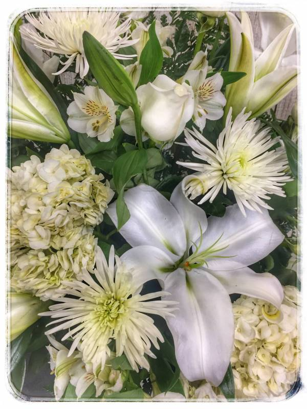 HEAVENLY GRACE SYMPATHY ARRANGEMENT