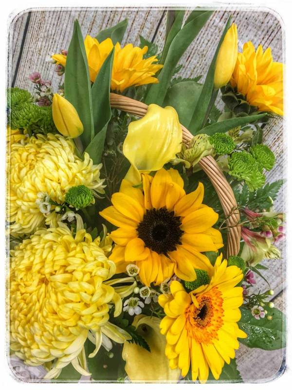 SUNFLOWER SYMPATHY BASKET