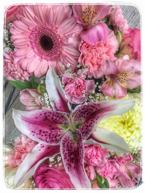 Heavenly Heart Funeral Flowers - Lilys